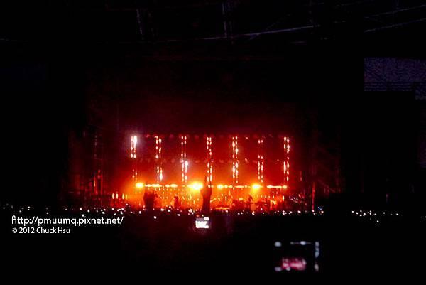 Radiohead開唱啦~(Radiohead電台司令2012台北演唱會)