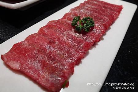 強肴 岩燒石板牛肉 (美國) 牛肉片(藝奇 ikki 新日本料理).jpg