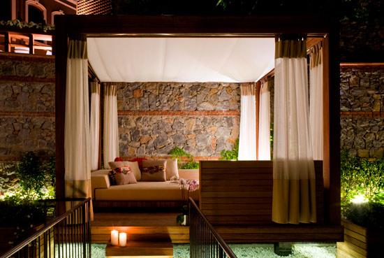 W Hotels - W Istanbul, Turkey Cabana of Marvelous Room.jpg