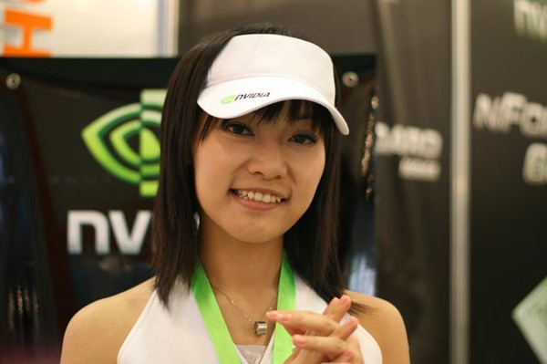 整體感覺AMD跟nvidia這二家請的Show girl最多