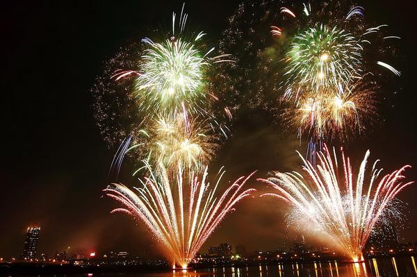 Firework (02).JPG