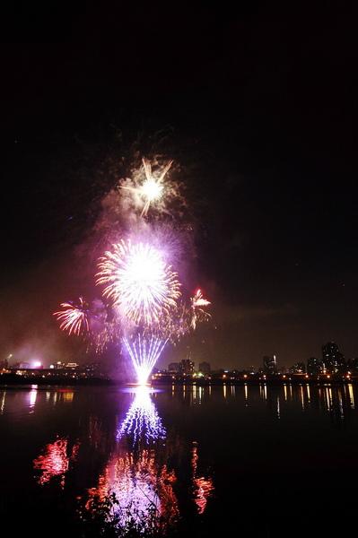 Firework (05).JPG