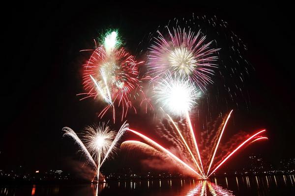 Firework (07).JPG
