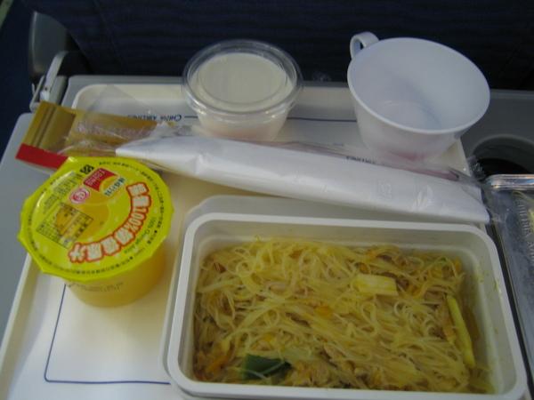 2007金瓜米粉飛機餐@華航TPE->HK
