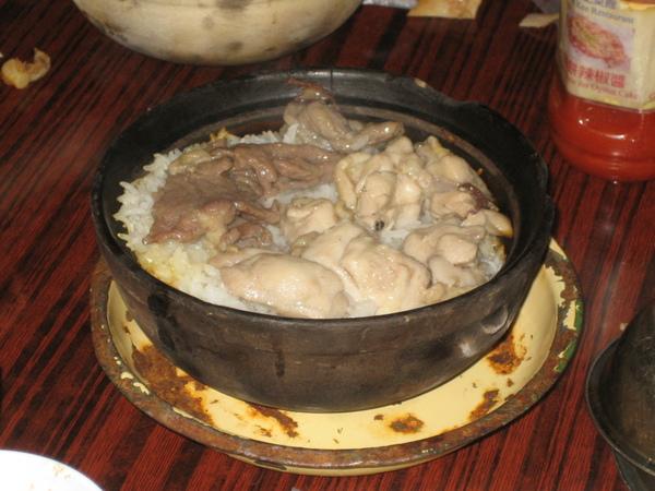 牛肉滑雞煲仔飯@廟街興記菜館