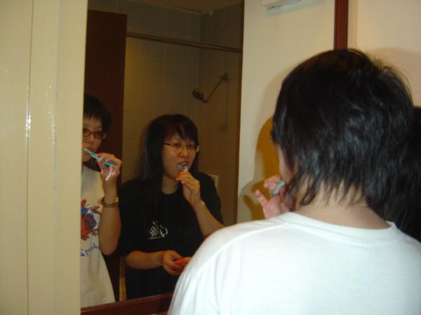 刷牙也好拍ˋˊ