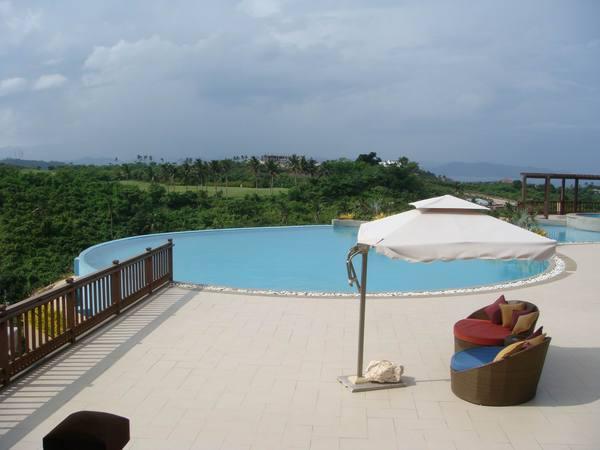 飯店超美的游泳池