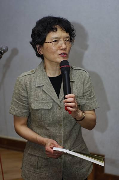 20090418音樂的建構主持人-江美治教授