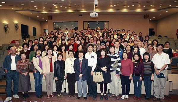 2009成大--美感特徵講座--結業大合照1.jpg