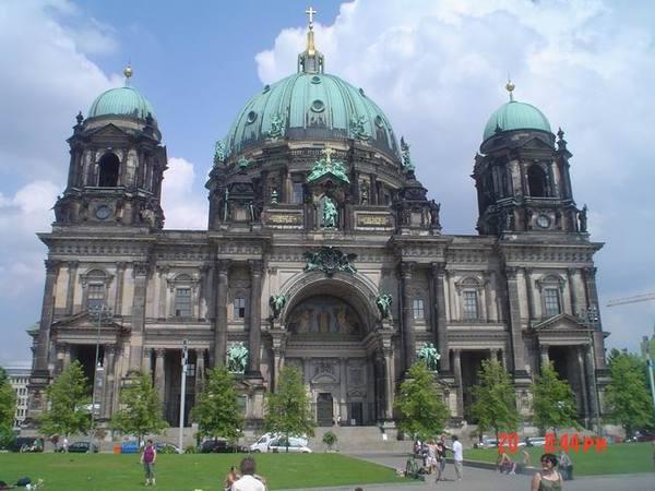 柏林很大!