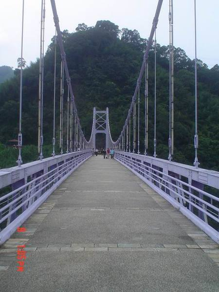 有兩座橋喔