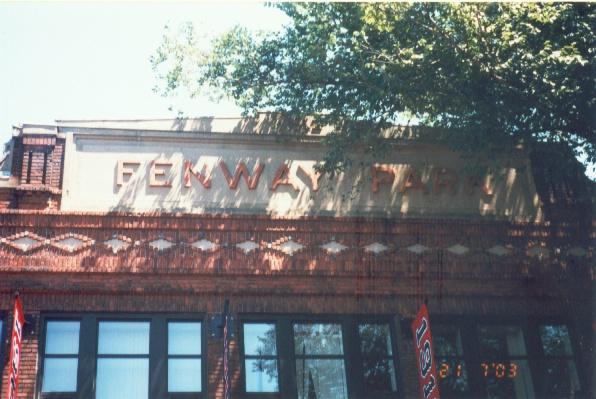 Fenway Park, 芬葳球場!