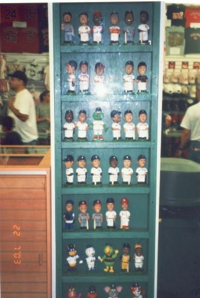 搖頭娃娃也是很流行的收藏品!