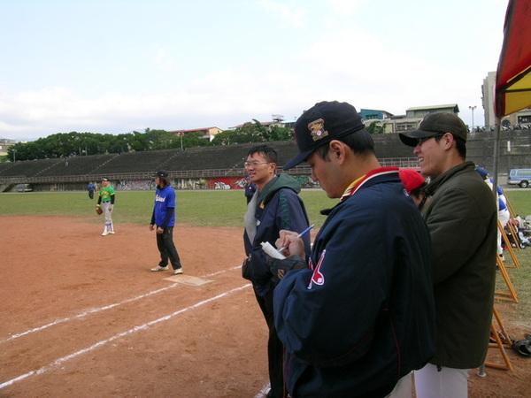 2005議3我也是助理教練喔!.jpg