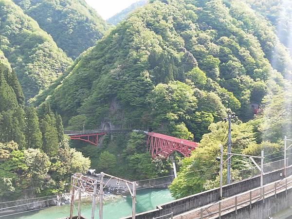 黑部峽谷的新山彥橋