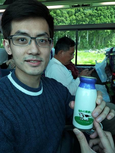 前往立山站時買的牧場鮮奶