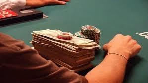Berbagai Transaksi yang Ada di Situs Agen Judi Poker Online.jpg
