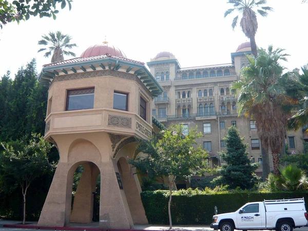 0718 Pasadena Castle Green (2).jpg
