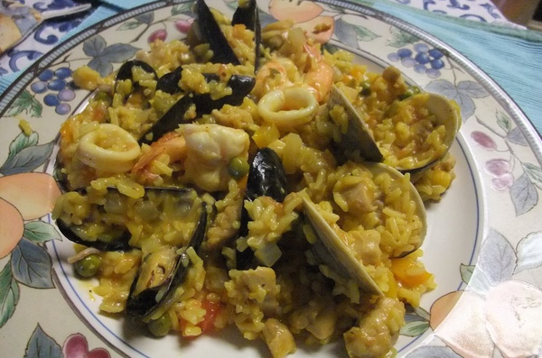 1126 Thanksgiving Paella 014.jpg