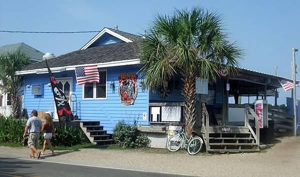 0725 Ocracoke town center (18).JPG