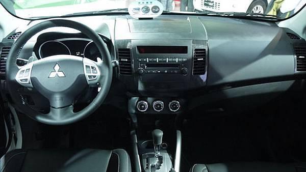 SUV_P1140055