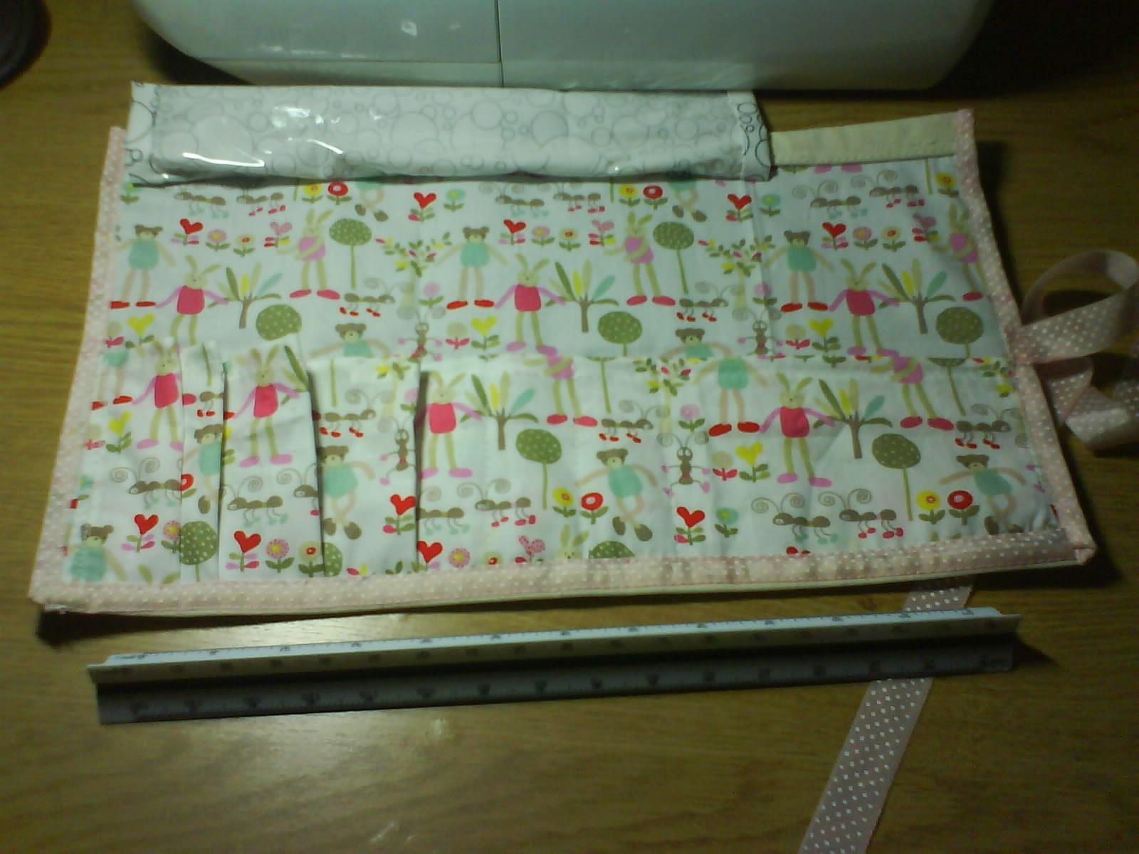 綁粉紅緞帶餐具包-1