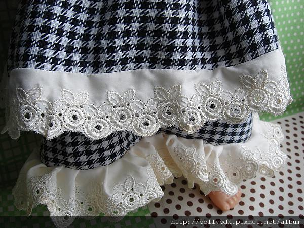 娃娃格紋洋裝 (1).JPG