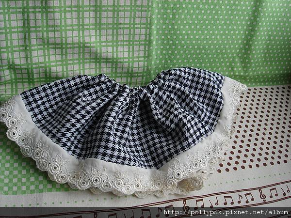 娃娃格紋洋裝 (5).JPG