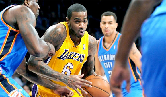 la-sp-lakers-fyi-20130204-001