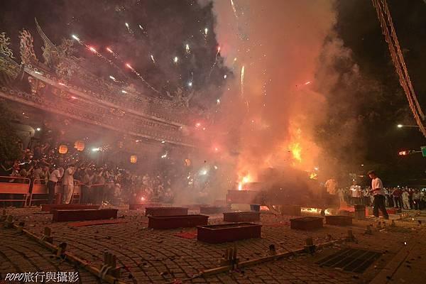 保安宮保生文化祭放火獅2