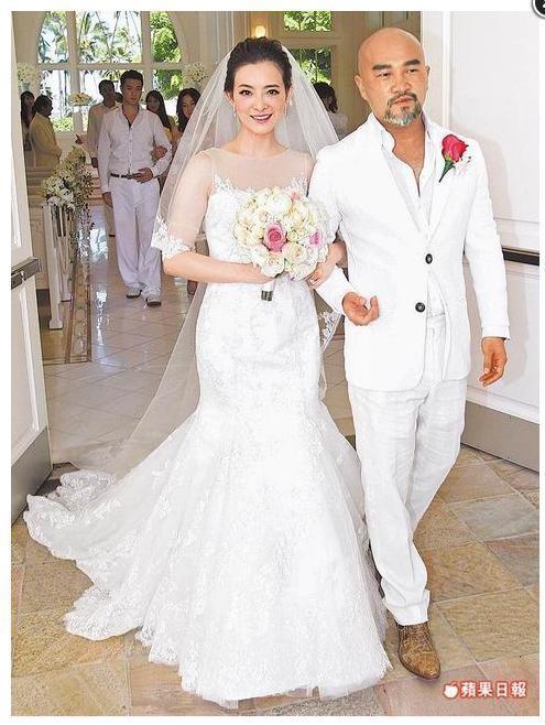 劉真wedding.JPG