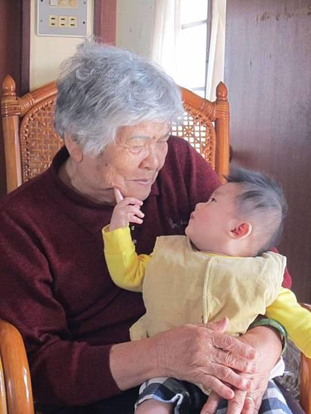 外婆也是阿祖了
