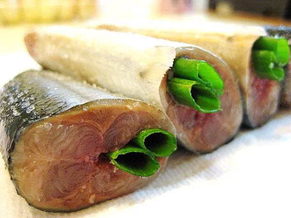 鹽醃秋刀魚