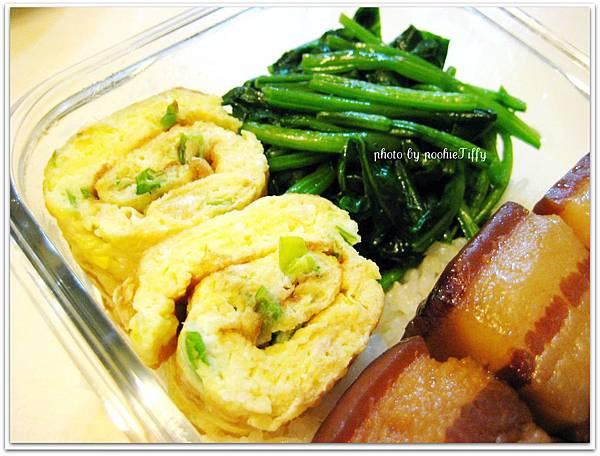 蒜炒波菜+蔥花蛋捲