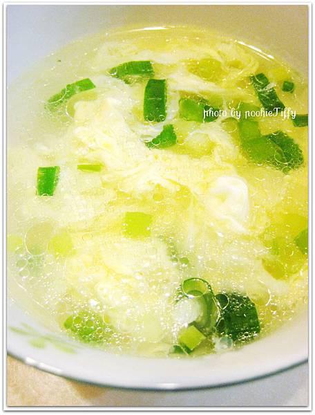 青蔥蛋花湯