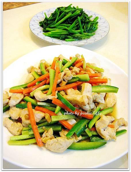 雞絲小黃瓜+清燙波菜