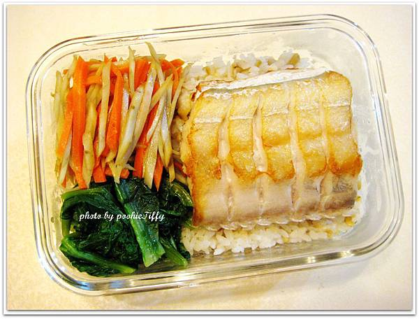 清燙A菜+炒牛蒡+乾煎白帶魚