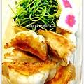 香酥煎餃+清燙豆苗+櫻花魚板