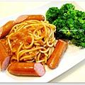 蕃茄義大利麵+清燙花椰菜+水煮德式脆腸