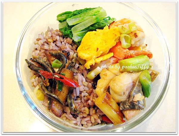 紅燒鱸魚+蝦仁炒蛋+清燙小白菜+辣炒丁香豆干