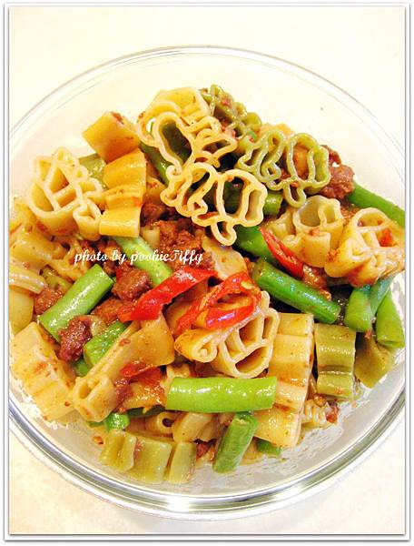 蒜香肉醬動物造型義大利麵
