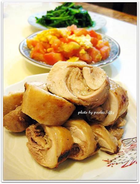 烤雞腿排+蕃茄炒蛋+燙波菜