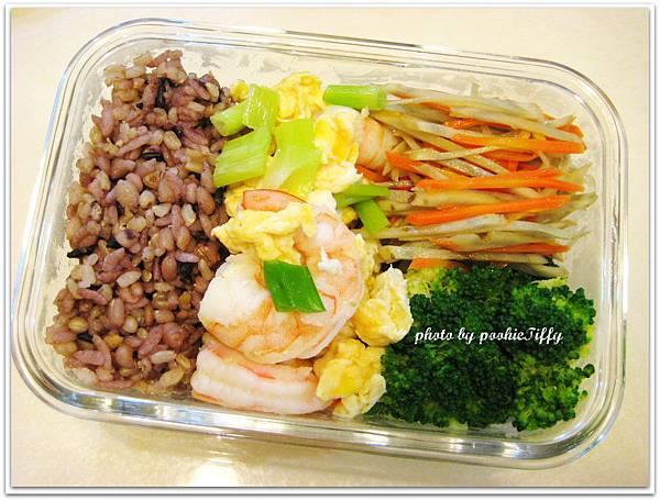 蝦仁炒蛋+雙色牛蒡絲+清燙花椰菜