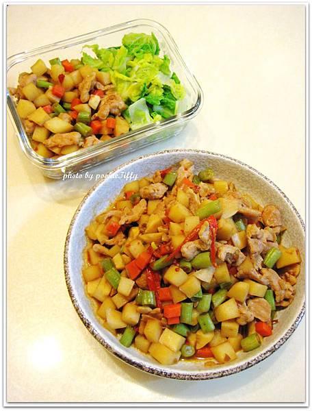 辣炒筍丁肉末+清燙娃娃菜
