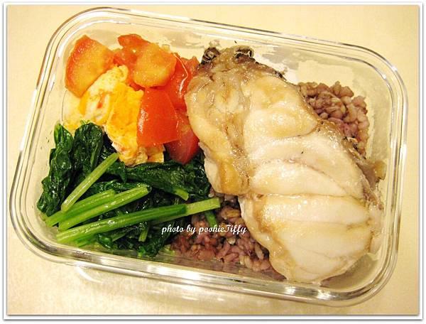 清蒸石斑+水炒小松菜+蕃茄炒蛋
