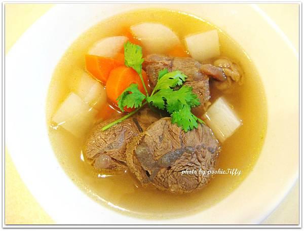 清燉牛肉湯!