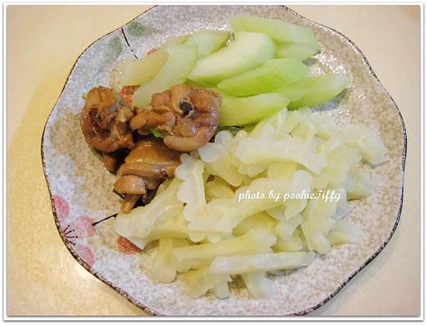 蔥燒雞+清炒苦瓜+水炒大黃瓜