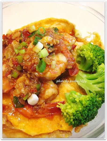 乾燒蝦仁+清燙花椰菜+嫩煎蛋