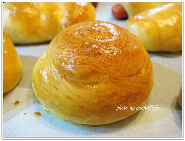 熱狗麵包+肉鬆麵包