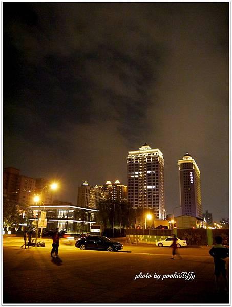 20121104 藝文特區夜景 (3)